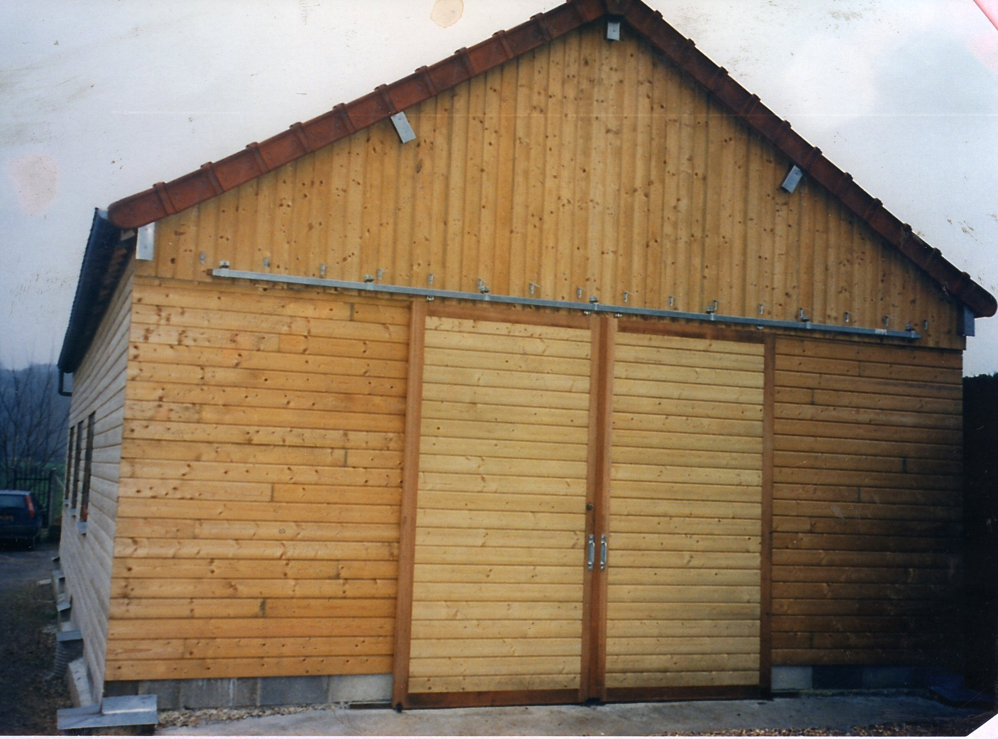 Charpente sarl beaun lamouret for Porte hangar
